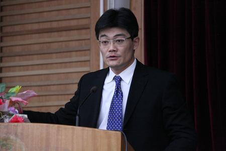 韩嘉毅律师