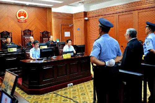 7月13日,庭审现场